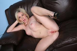 Photos of juicy vaginas.