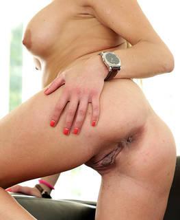 Fotos virginales atractivas.